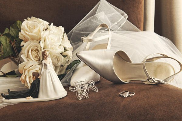 What to Do with Your Dress After Your Wedding